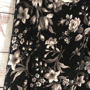 American Eagle Outfitters Dresses - American Eagle Flower Romper Dress Medium (F)